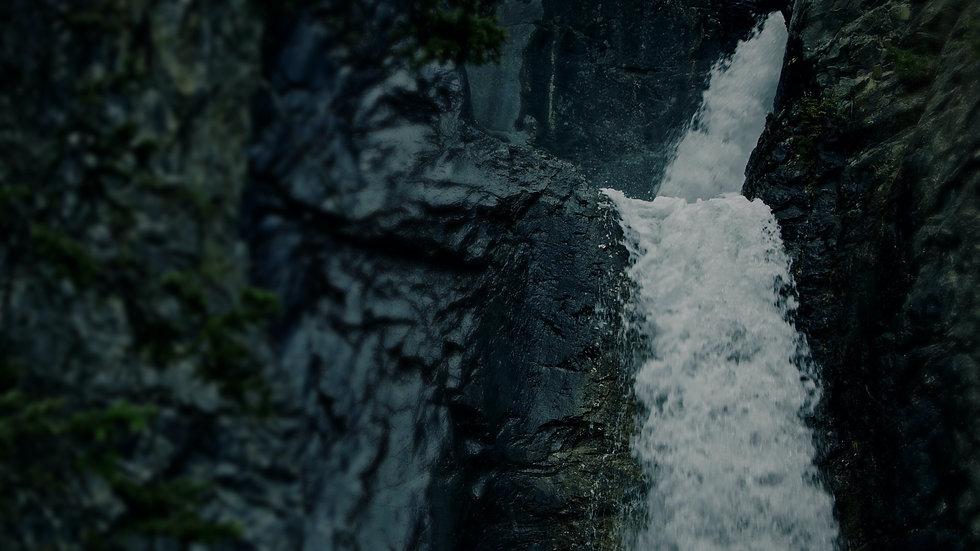 Rocky Springs Cascade - 16x9.jpg