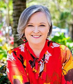 Julie Headshot 2020.jpg