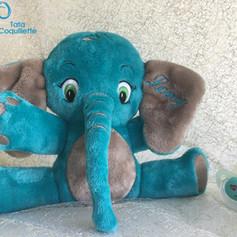 Eléphant doudou