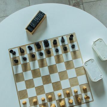 draugu-namai-chess.jpg