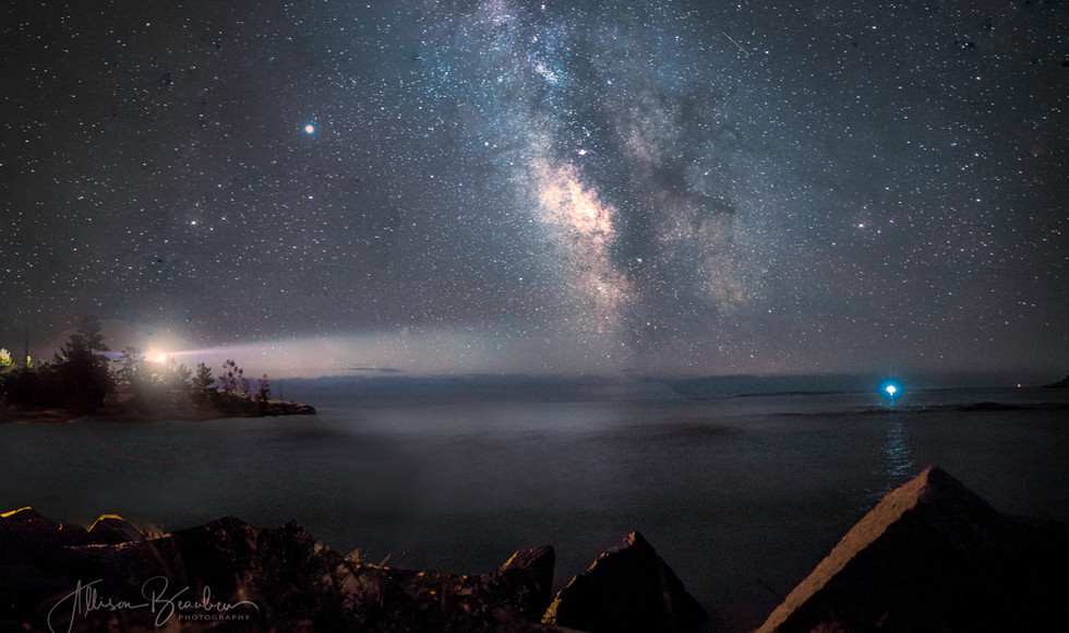 Night sky at the East lighthouse in Killarney
