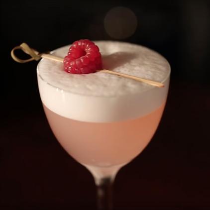 The curious bartender - Clover club - Recipe