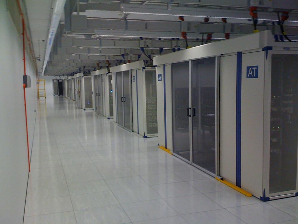 Datacenter 19-Zoll Serverschränke  Kaltgang Warmgang