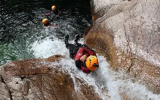 """Faire du Canyoning en Corse avec Natura Canyon à Bavella en Corse Patrick Graziani Canyon le """"Pulischellu"""""""