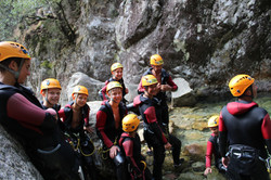 Famille belge en canyon en corse