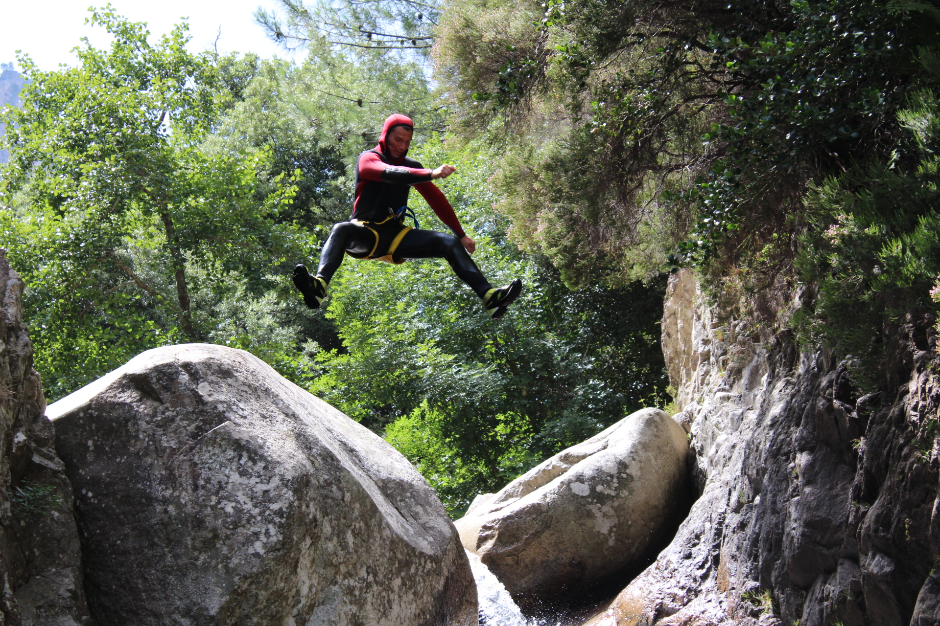 Un saut en canyon