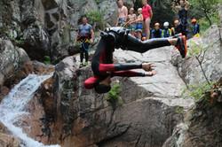salto en canyon