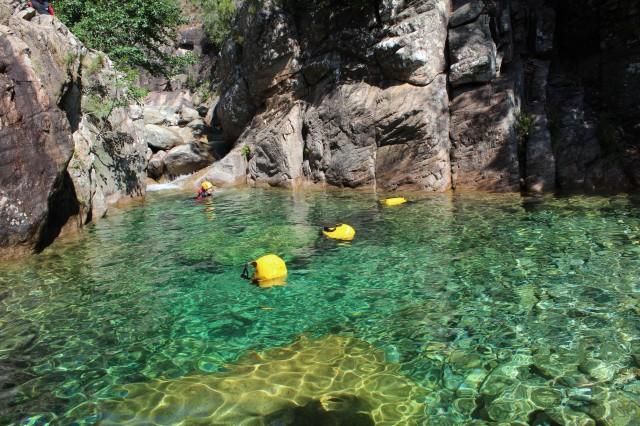 vasques dans le canyon du pulischell
