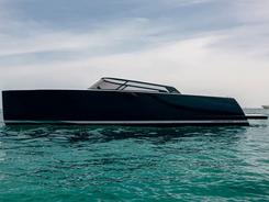 vandutch-40.2-yacht-1.webp