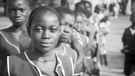 1600px-Sierra_Leonean_School_Girl-800x450_edited.jpg
