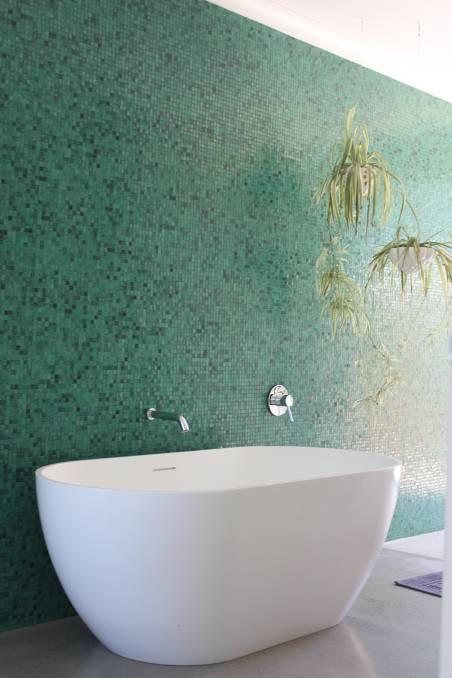 ARDH New Build: Roma Farm House Bathroom