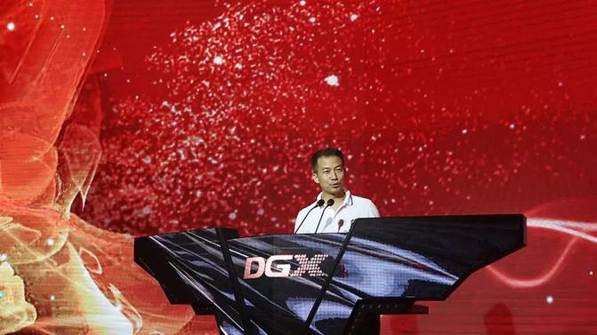LEDビジョン 最上級モデル DUシリーズ、GFシリーズ