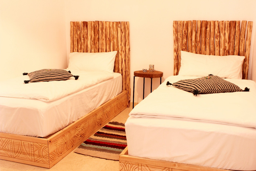 Private Twin Bed Room
