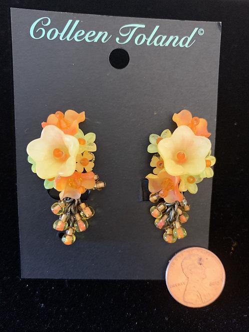 Papya Small Flower Clip Earrings
