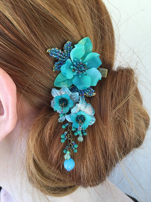 Beaded Hanging Clip-Teal