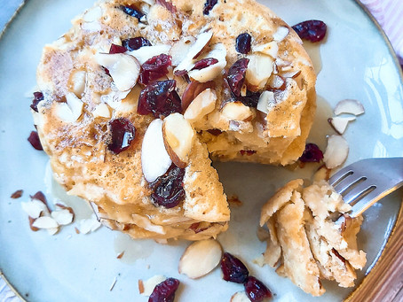 Lemon- Almond- Cranberry Pancakes