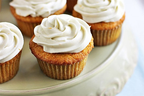 Carrot Cupcake w/ Cream Cheese Frosting