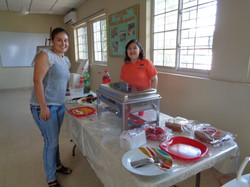 Almuerzo en Hogar Luisa con la Hna. Guadalupe Rodrigo