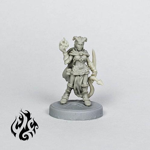 Nissa, Tiefling Warlock