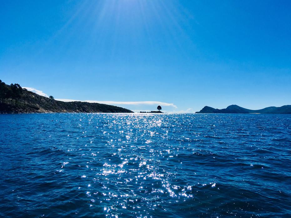 Traversée du lac, direction l'île du Soleil