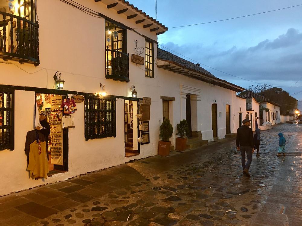 Sous la pluie de Villa de Leyva