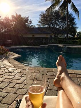 Bière, soleil et cocotiers
