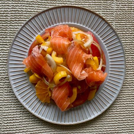 サーモンと潮トマトのパワーサラダ