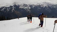 snow-shoeing-500x500.jpg