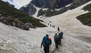 starting from balu ka ghera hampta pass trek