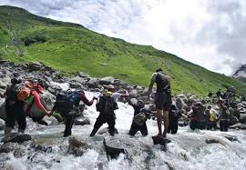 river crossing before balu ka ghera hampta pass