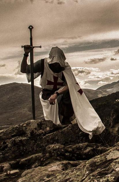 Hadrianus, Dark Fall