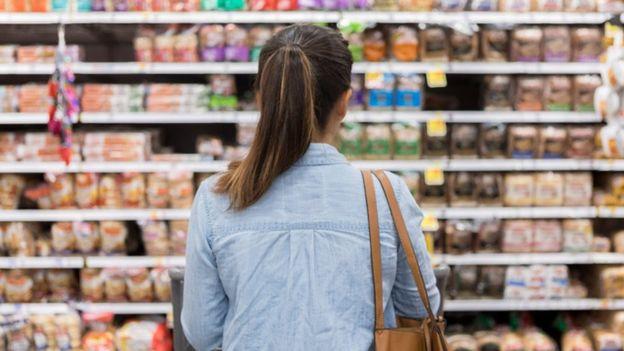 Un alimento natural o mínimamente procesado al que se le añade sal, azúcar u otra sustancia de uso culinario pasa a ser considerado procesado. GETTY IMAGES