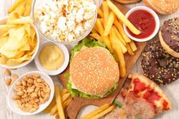 Alimentos ultraprocesados: lo que dos estudios masivos revelan sobre sus efectos en la salud
