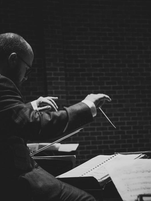 BEn Oliver Conducting