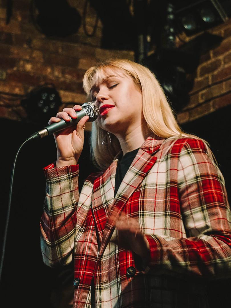 Bethany Robb Singer