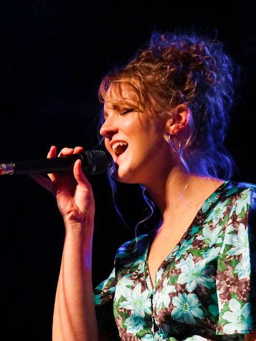 Jazz Singer Sophie Allen