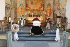 Begravelse og bisettelse