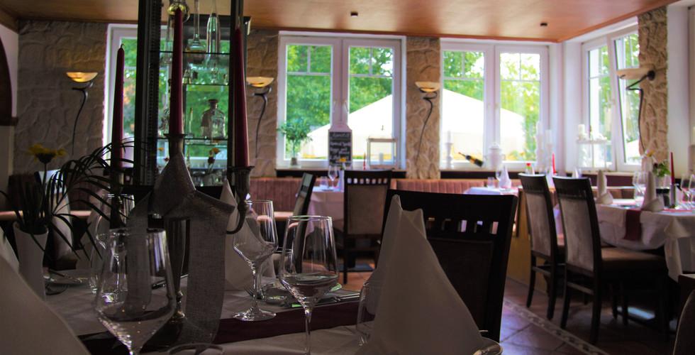 Restaurant La Scala Runder Tisch