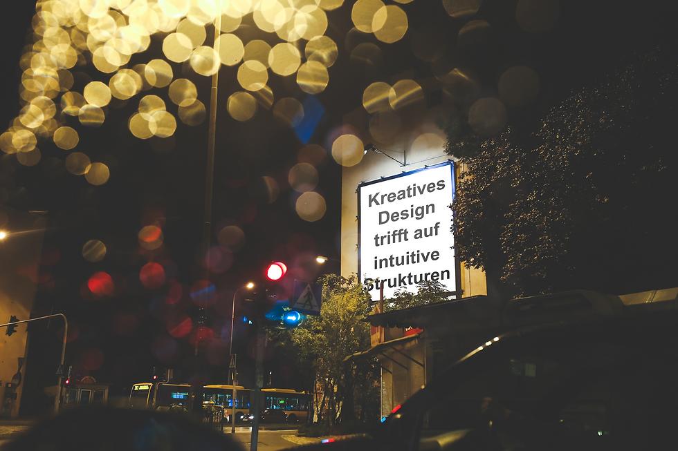 Plakat Kreatives Webdesign trifft auf intuitive Strukturen PMG Webdesign © Philip Michael Gumprecht