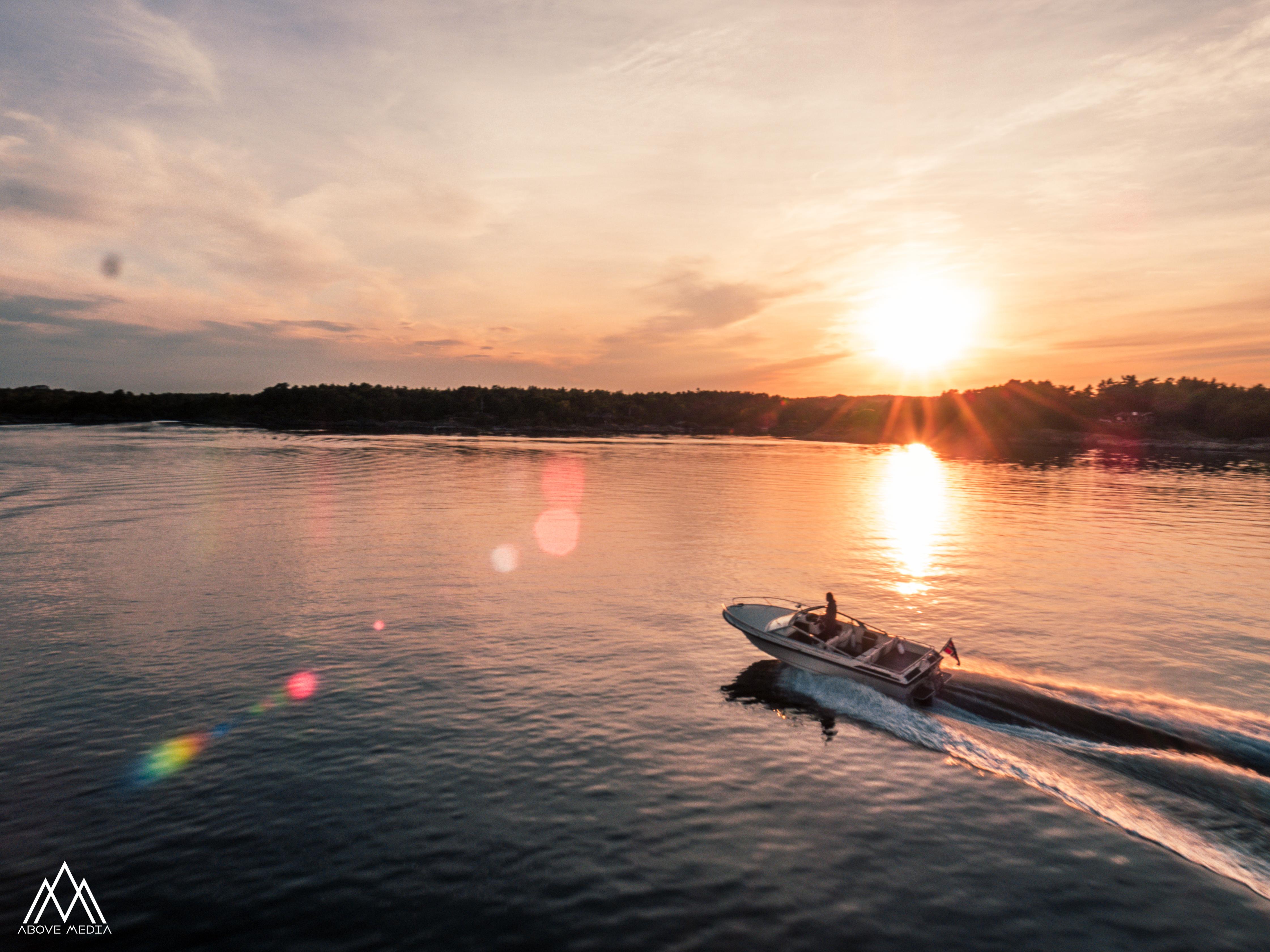 Boat follow cam