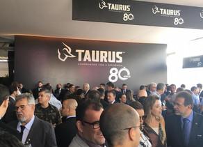 80 anos TAURUS Armas