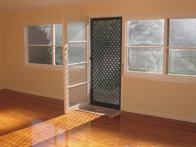 Custom Screen doors and Windows