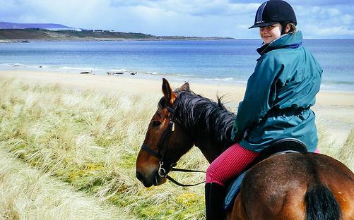Horse trekking for kids at the beach