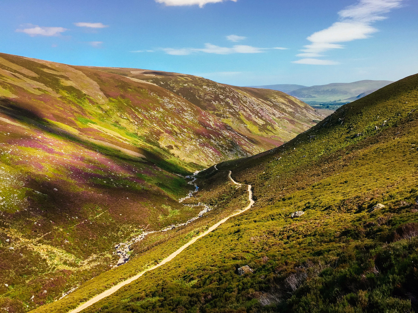 Descent into Glen Mark