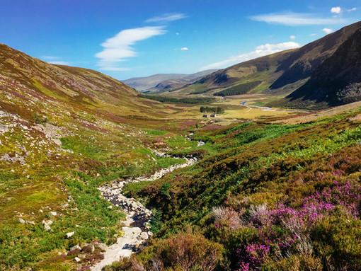 Descending into Glen Mark