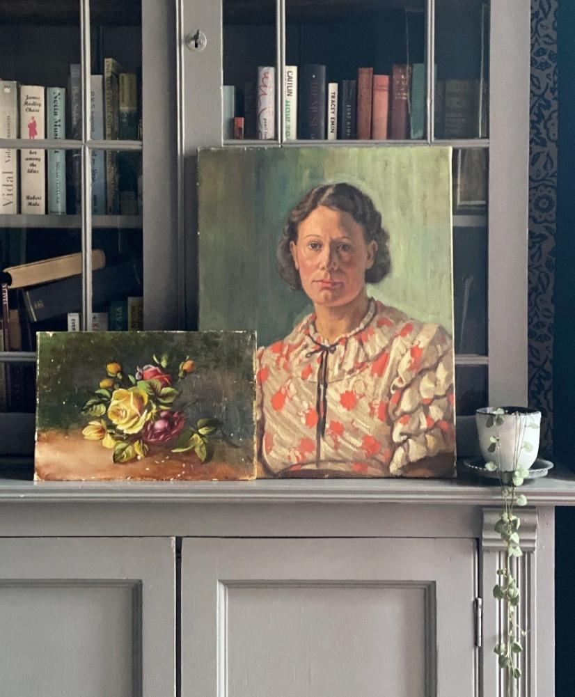 vintage antique portraits oil paintings bookcase interiors inspiration
