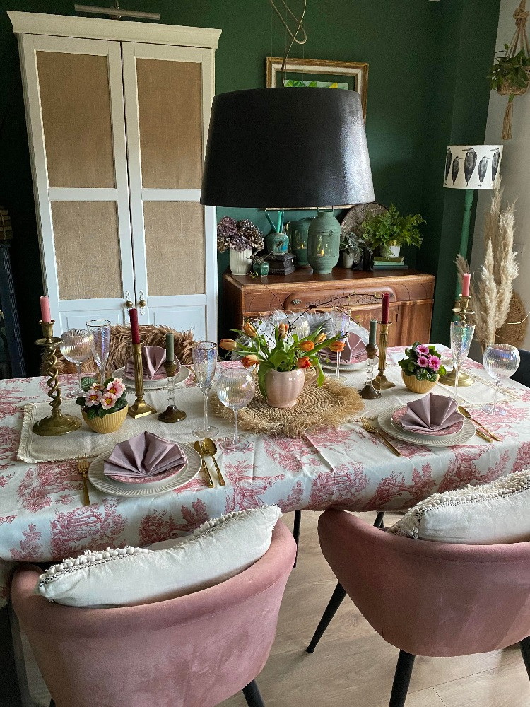 pink styled dining table green room tablescape