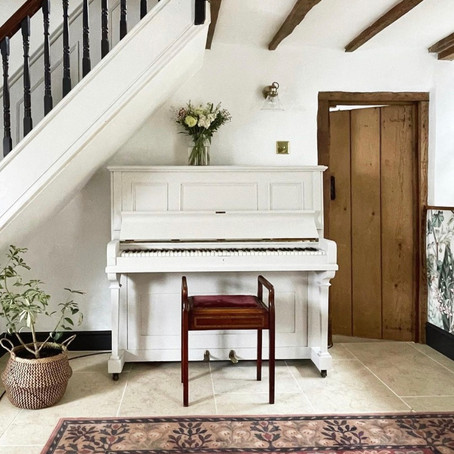 home stories: falling for a listed building with Caro Davies aka @the_listed_home