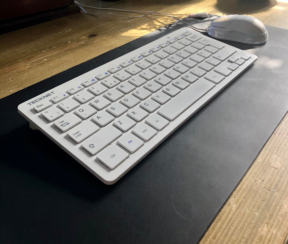 grounding mat used as mouse mat