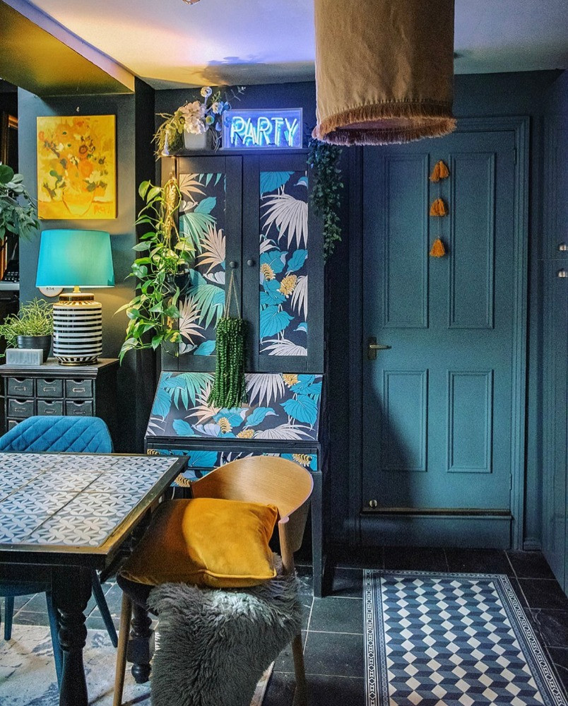 blue green teal kitchen bold wallpaper patterns bold eclectic interiors